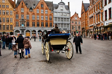 Brugge - Grand Place - Cariole