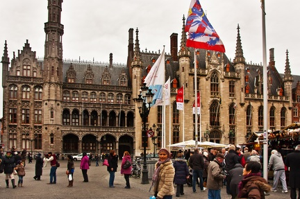 Brugge - Grand Place - Foule